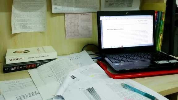 5_ในวันที่ยุ่งๆกับการทำวิทยานิพนธ์.jpg
